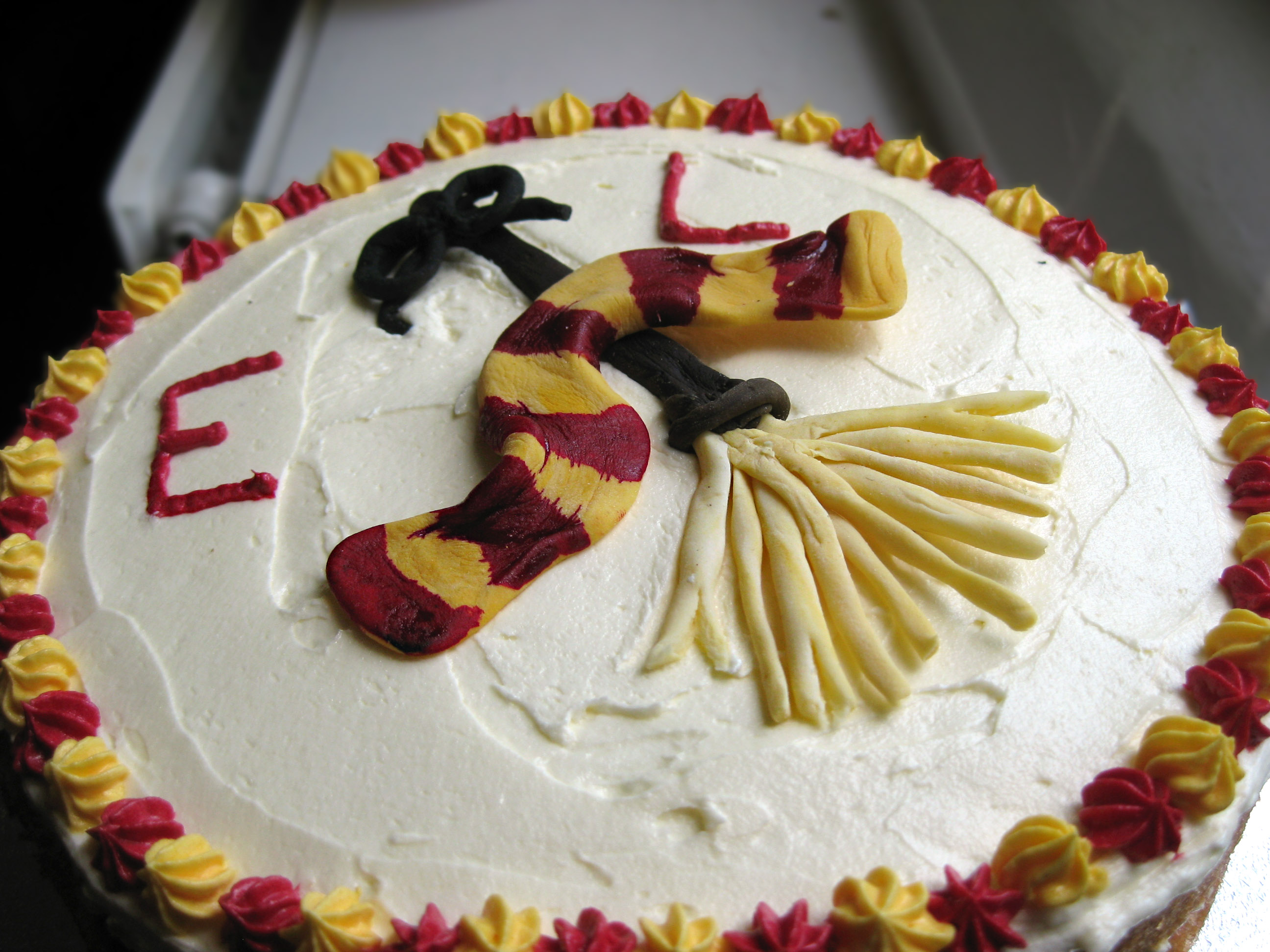 Cake Images With Name Mayuri : Gryffindor birthday cake The Bake Escape